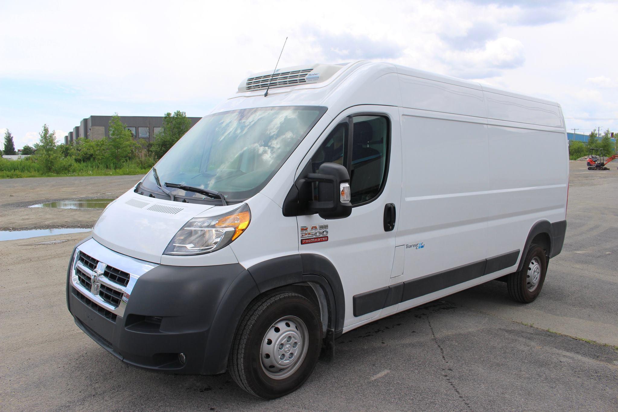 refrigerated promaster ram cargo van. Black Bedroom Furniture Sets. Home Design Ideas